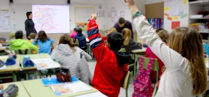 Calendario escolar 2017 – 2018: días festivos, puentes y navidad